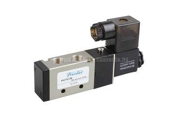 válvula electromagnética actuada experimental 4V210-08 para el control direccional del sistema neumático